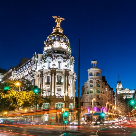 83d14c3901 A spanyol Iberia légitársaság június 2-ától új járatot indított, amely a  magyar és a spanyol fővárost köti össze.